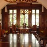 Erkerzimmer (mit historischen Einrichtungsstücken)