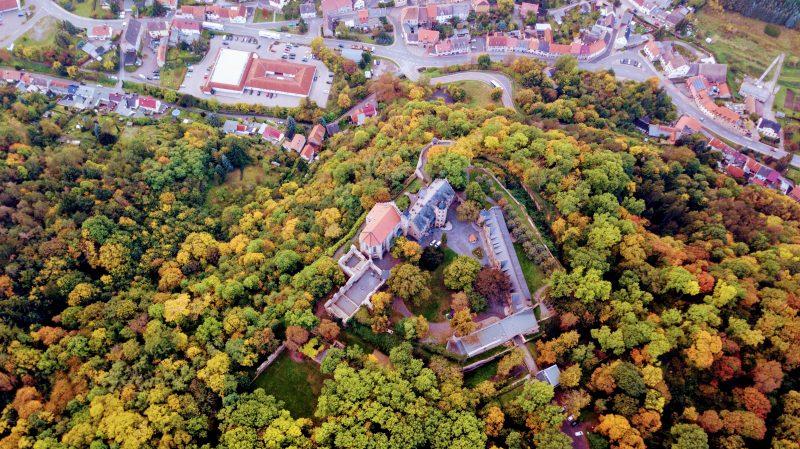 Einsatzübung der Kinderfeuerwehr auf Schloss Mansfeld